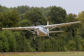 N209JA - Skydive Stadtlohn Cessna 208 Caravan