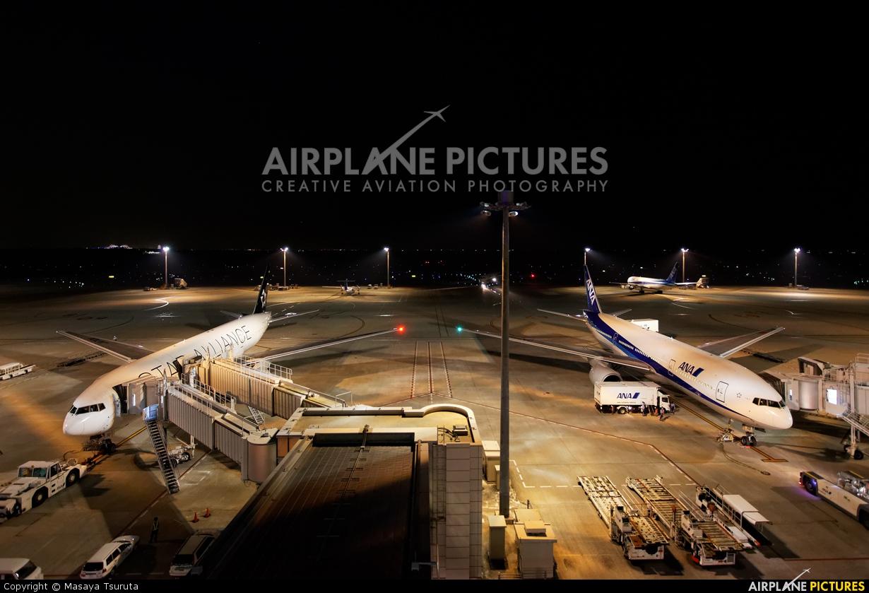ANA - All Nippon Airways JA711A aircraft at Tokyo - Haneda Intl