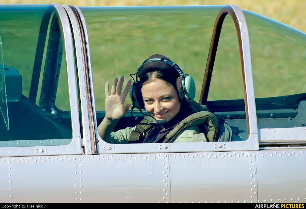 - Aviation Glamour - aircraft at Arkhangelsk - Talagi