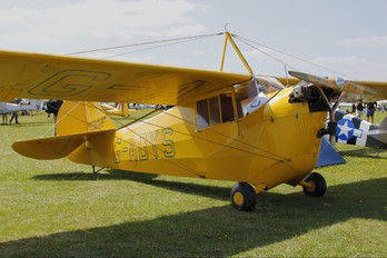 G-ADYS - Private Aeronca Aircraft Corp C3