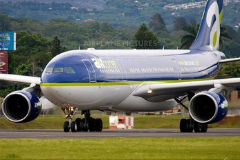 EC-KUO - Air Comet Airbus A330-200