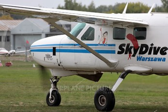 SP-WAW - Private Cessna 208 Caravan