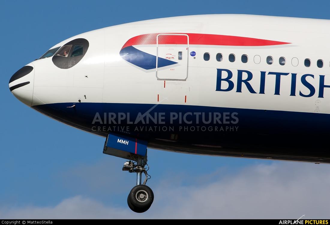 British Airways G-YMMH aircraft at London - Heathrow