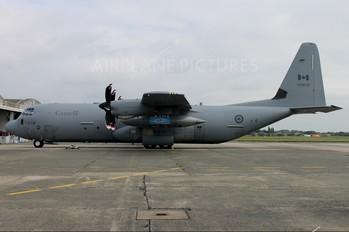 130608 - Canada - Air Force Lockheed CC-130J Hercules