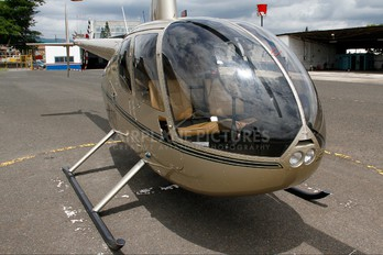 HR-AXY - Private Robinson R44 Astro / Raven
