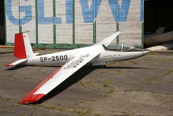 SP-2500 - Aeroklub Gliwicki PZL SZD-21 Kobuz 3