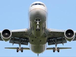 N643UA - United Airlines Boeing 767-300ER
