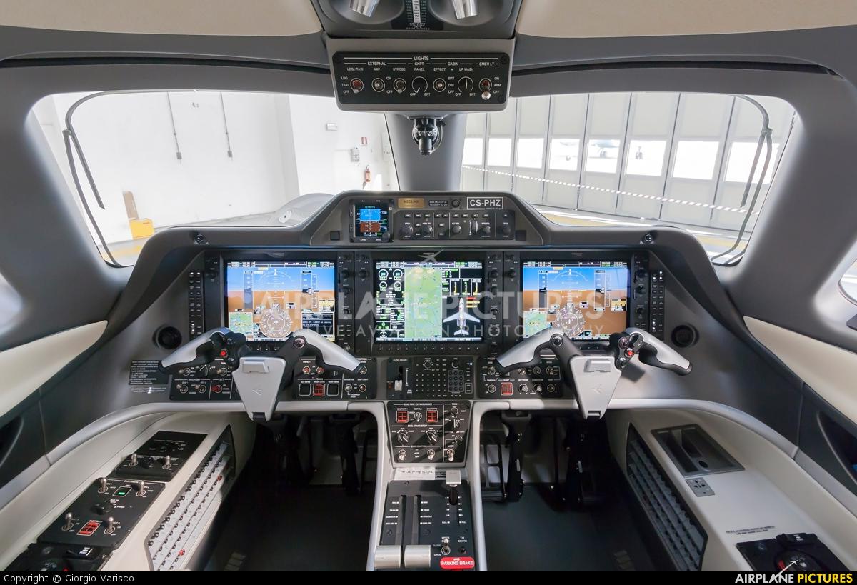 NetJets Europe (Portugal) CS-PHZ aircraft at Milan - Linate