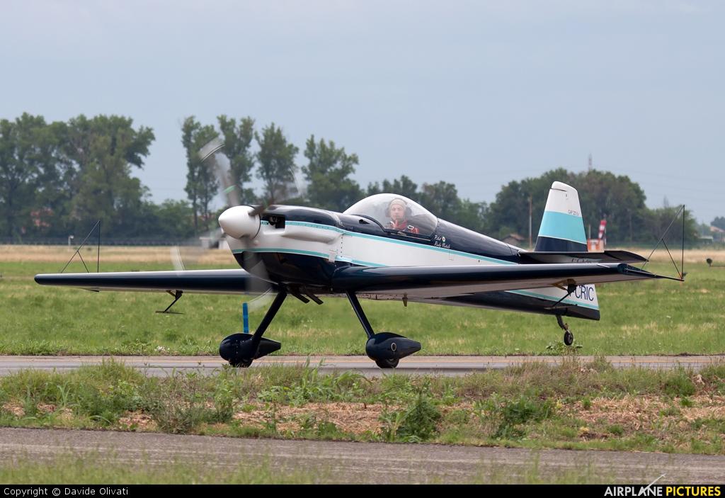 Private I-CRIC aircraft at Parma