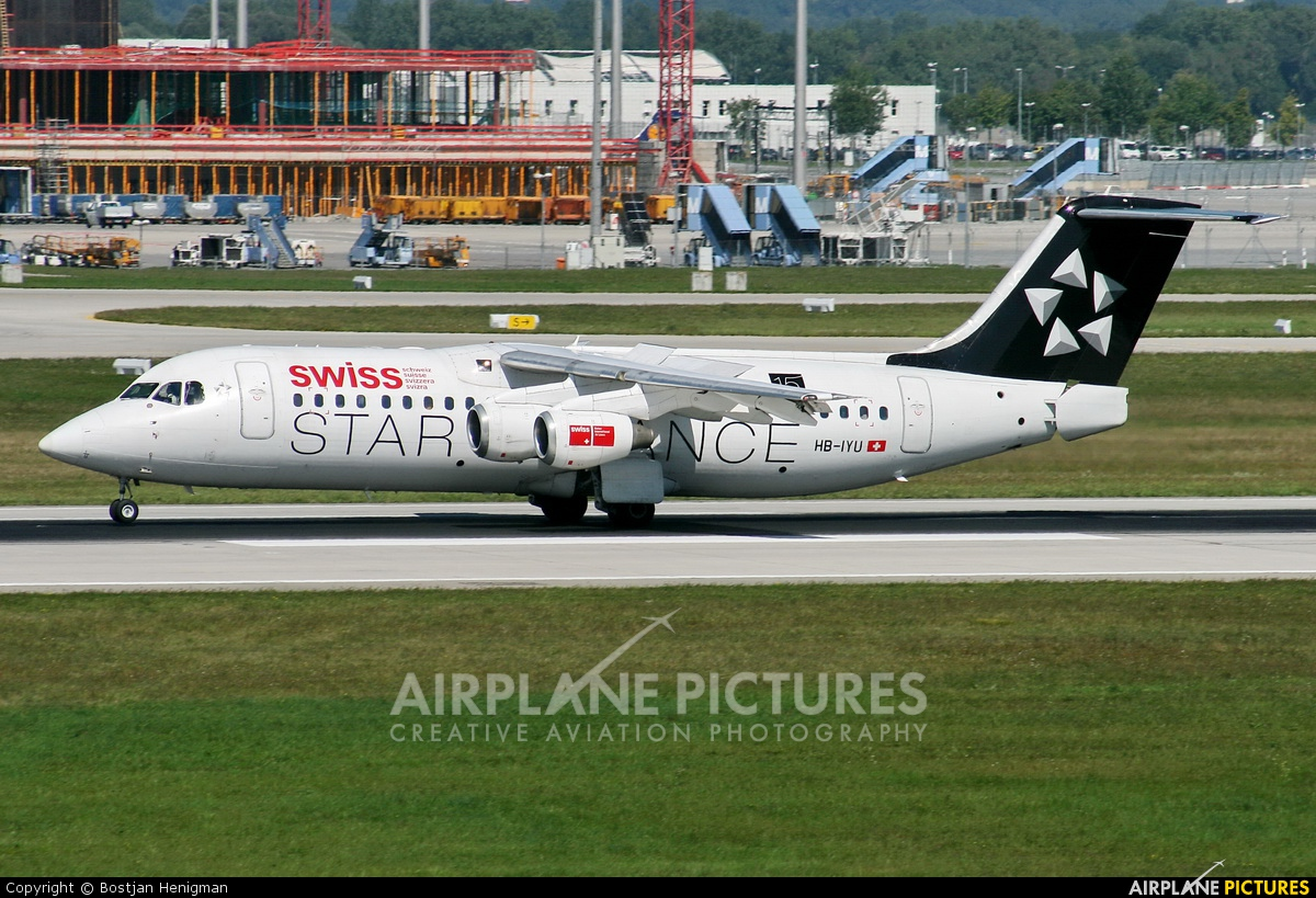 Swiss HB-IYU aircraft at Munich