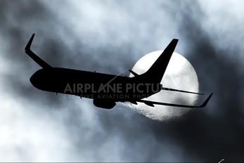 PH-BXM - KLM Boeing 737-800