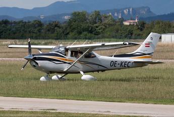 OE-KEC - Private Cessna 182 Skylane RG