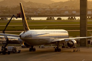 - - Continental Airlines Boeing 767-400ER
