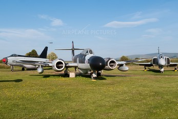 WS832 - Royal Air Force Gloster Meteor NF.14