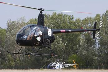 I-B165 - Private Robinson R22