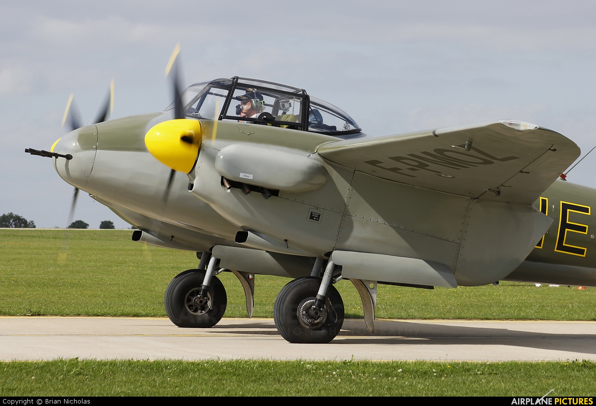 Private F-PMOZ aircraft at Northampton / Sywell