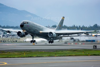 FAC1202 - Colombia - Air Force Boeing 767-200ER