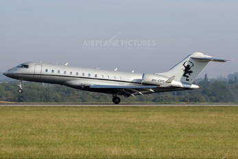 9H-OPE - Vistajet Bombardier BD-700 Global Express XRS