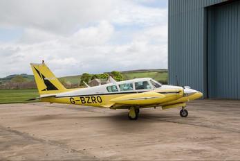 G-BZRO - Private Piper PA-30 Twin Comanche