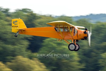 NC292E - Private Curtiss Robin