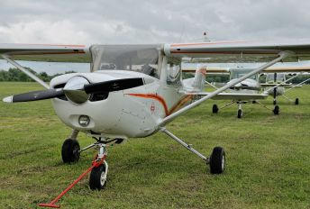 SP-NID - Private Cessna 152