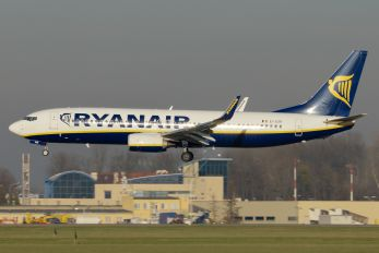EI-ESR - Ryanair Boeing 737-800