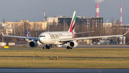 A6-EAE - Emirates Airlines Airbus A330-200