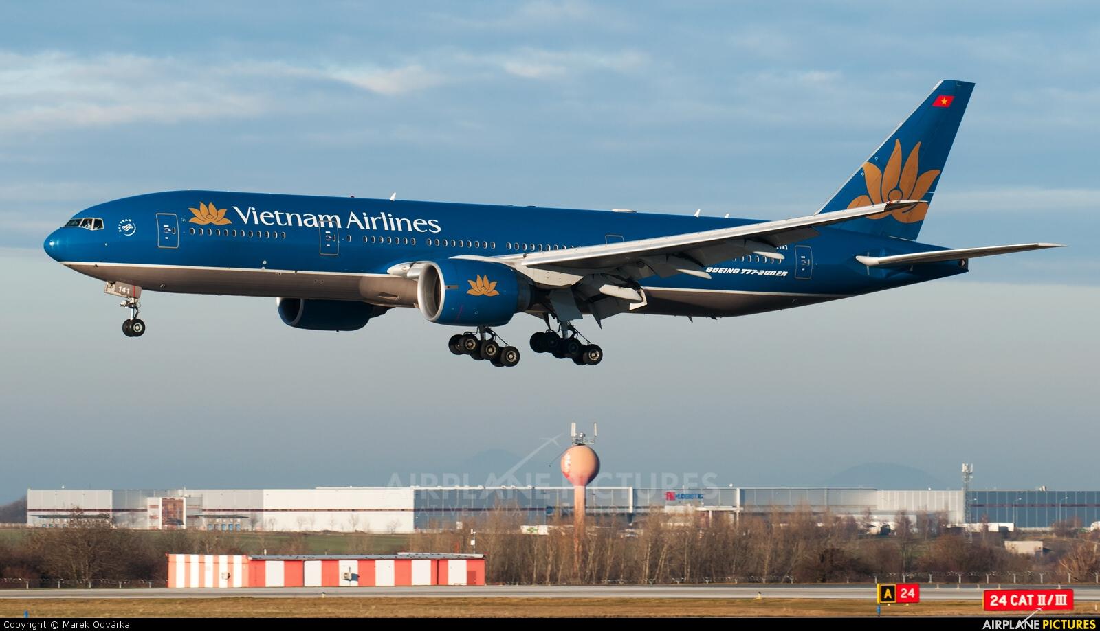 Vietnam Airlines VN-A141 aircraft at Prague - Václav Havel