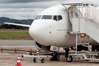 PR-GOX - GOL Transportes Aéreos  Boeing 737-700
