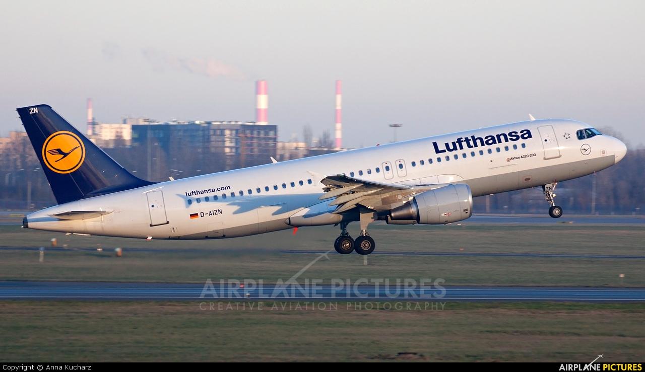 Lufthansa D-AIZN aircraft at Warsaw - Frederic Chopin