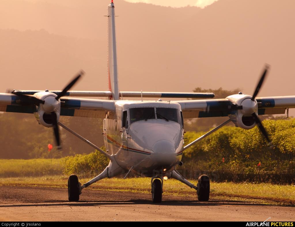 ATASA TI-ATZ aircraft at La Fortuna