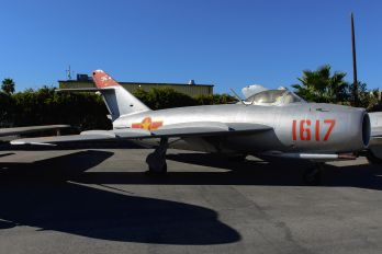 1617 - Vietnam (North) - Air Force Mikoyan-Gurevich MiG-17PF