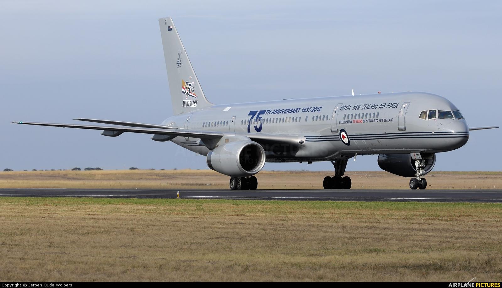 New Zealand - Air Force NZ7571 aircraft at Avalon, VIC