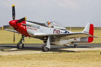 N72FT - Private North American P-51D Mustang