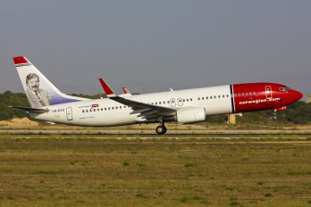 LN-DYZ - Norwegian Air Shuttle Boeing 737-800