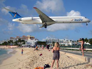 PJ-MDG - Insel Air McDonnell Douglas MD-83
