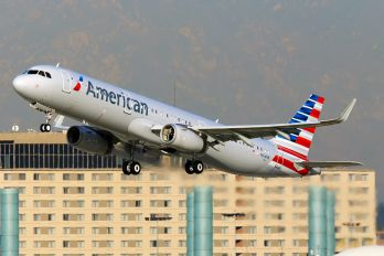 N104NN - American Airlines Airbus A321
