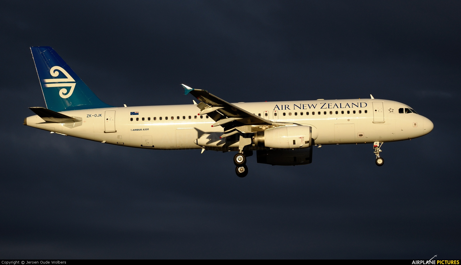 Air New Zealand ZK-OJK aircraft at Melbourne Intl, VIC
