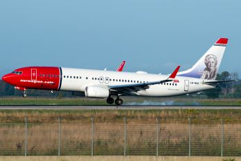 LN-NGI - Norwegian Air Shuttle Boeing 737-800