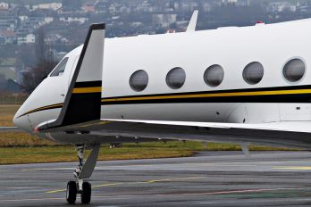 N999AA - Private Gulfstream Aerospace G-IV,  G-IV-SP, G-IV-X, G300, G350, G400, G450