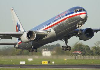 N394AN - American Airlines Boeing 767-300ER