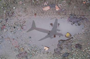 - - Virgin Express Boeing 737-300