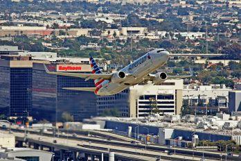 N926NN - American Airlines Boeing 737-800