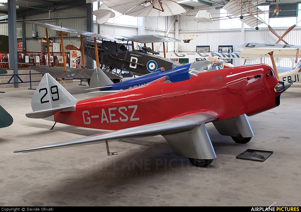 Private G-AESZ aircraft at Old Warden