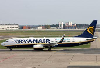 EI-EFA - Ryanair Boeing 737-800