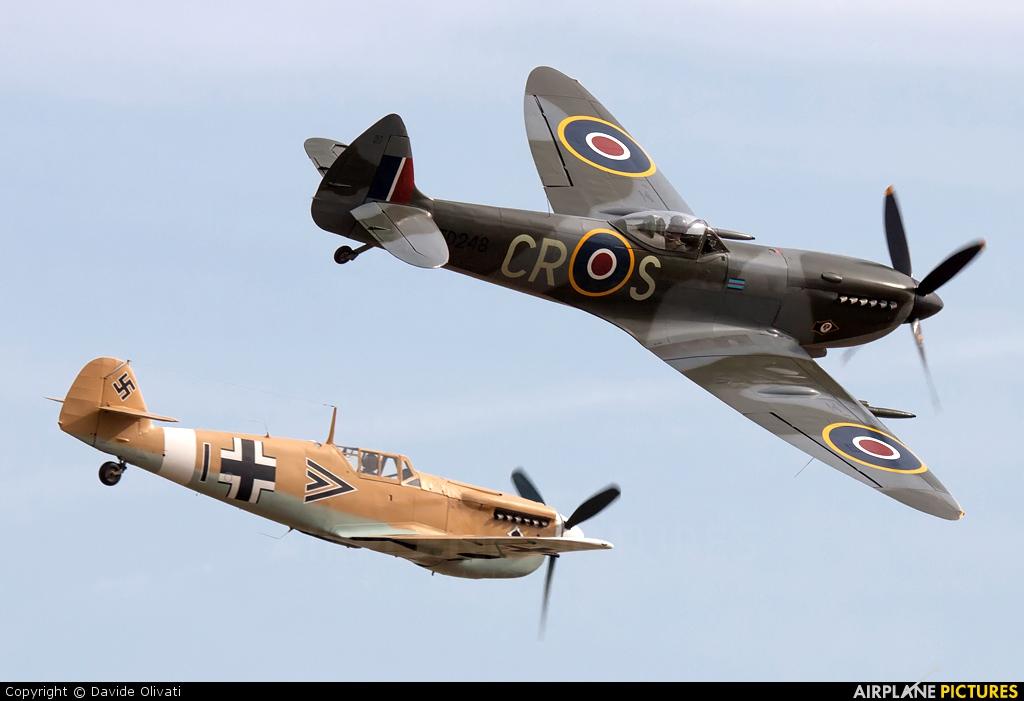 Spitfire G-OXVI aircraft at Duxford