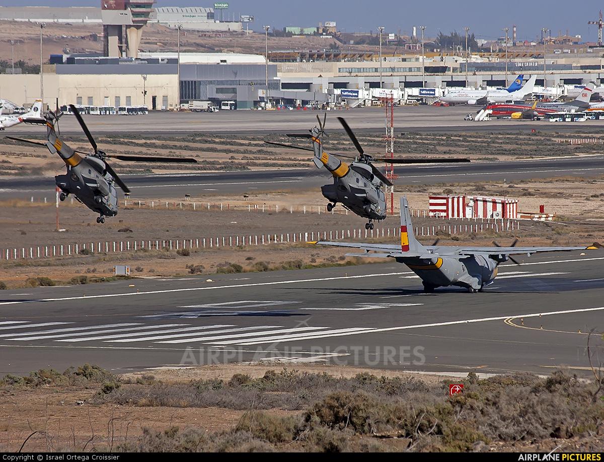 Aeroporto Gran Canaria : Airport overview runway taxiway at