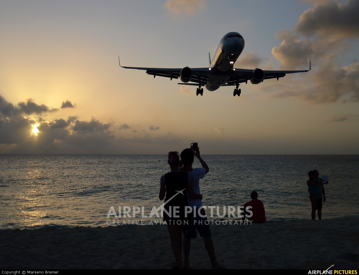 US Airways N935UW aircraft at Sint Maarten - Princess Juliana Intl
