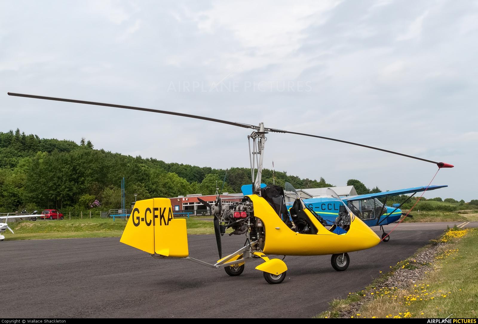 Private G-CFKA aircraft at Fife - Glenrothes