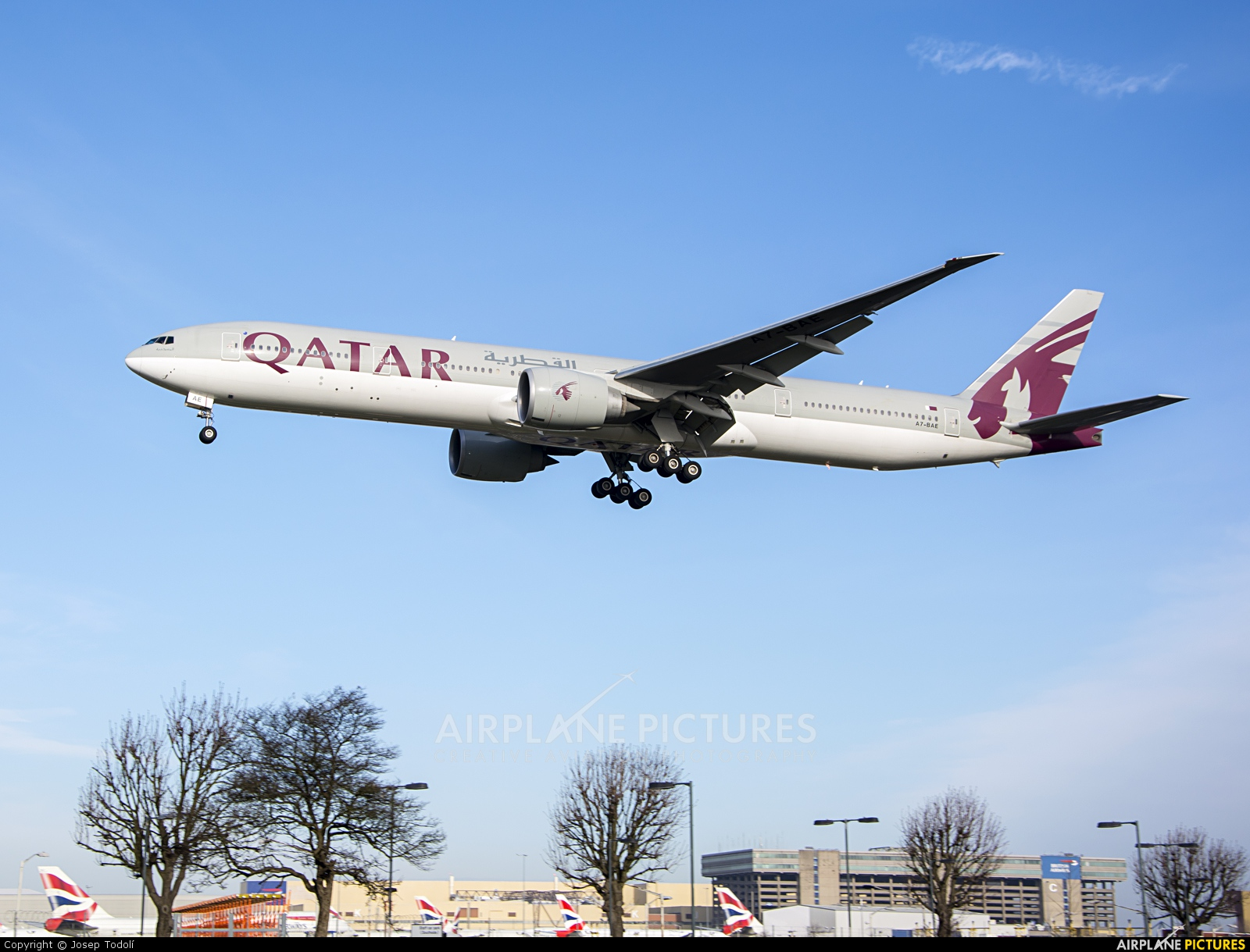 Qatar Airways A7-BAE aircraft at London - Heathrow